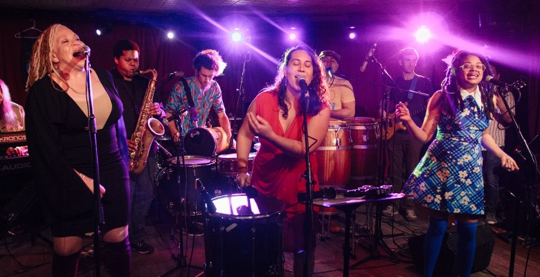 Portland'5 and the ArtBar & Bistro present MUSIC ON MAIN: POPGOGI | Wednesday, August 14, 2019, 5:00pm | Playing at: Music on Main
