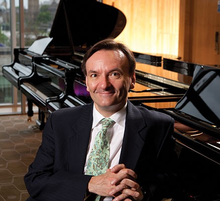 Oregon Symphony | Stephen Hough Plays Mendelssohn | Photo: Stephen Hough